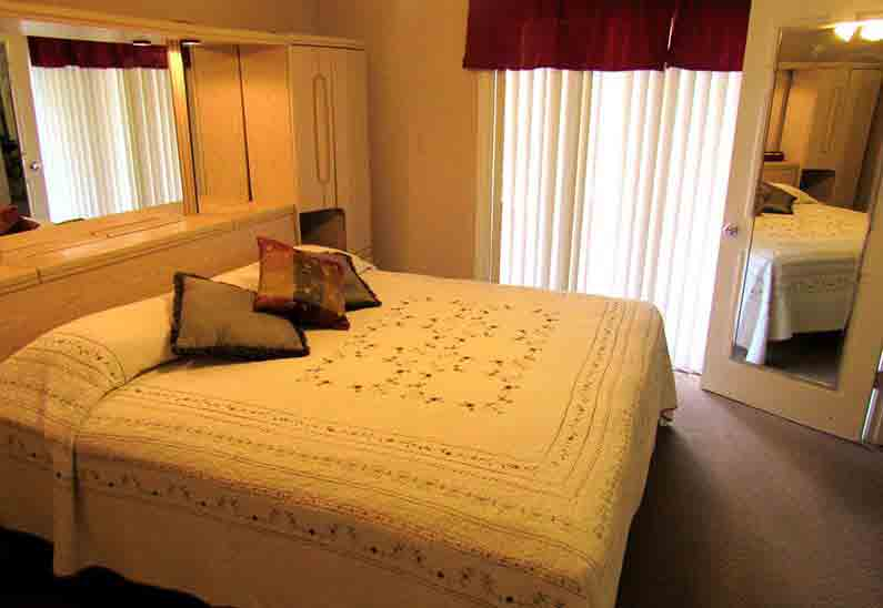 Rooms at Victoria Palms Inn & Suites, Donna