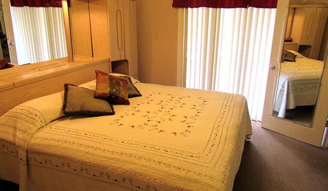 Deluxe Patio Suite at Victoria Palms Inn & Suites, Donna
